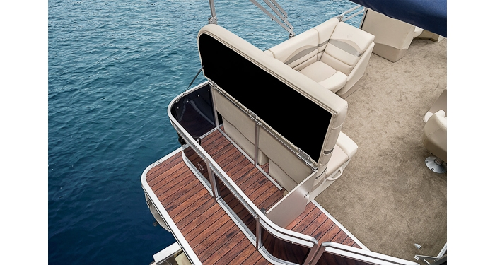 Seabreeze 230 Series Pontoon Boat Versatile Pontoon